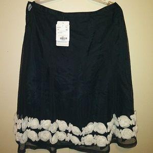 Doncaster skirt